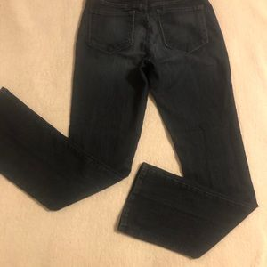 NxD Billie mini bootcut size 4 skinny jean styles